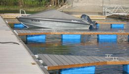 odnogi cumownicze, pływaki modułowe